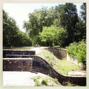 Pont aqueduc des Voûtes Gardouch piscine communale