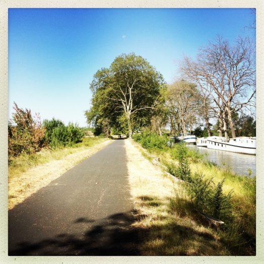 chemin halage vers villeneuve