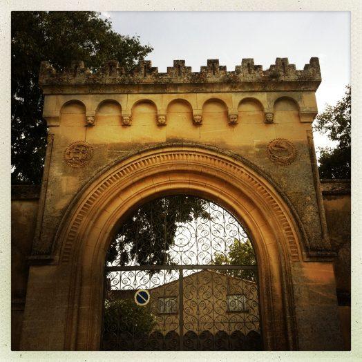portail demeurre près du pont de jouarrès