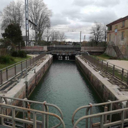 écluse port canal de montech montauban